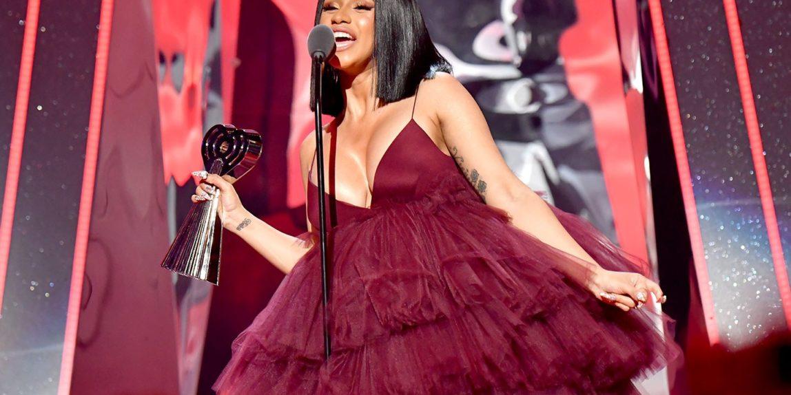 Perkelahian Cardi B dan Nicki Minaj di Pesta New York Fashion Week