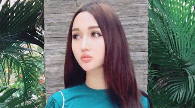 Lucinta Luna Dilaporkan Ke Polisi Terkait Kelamin Ganda ! Viral !