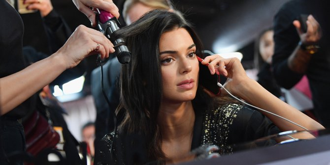 Kendall Jenner Hadir Dengan Gaya Rambut Baru