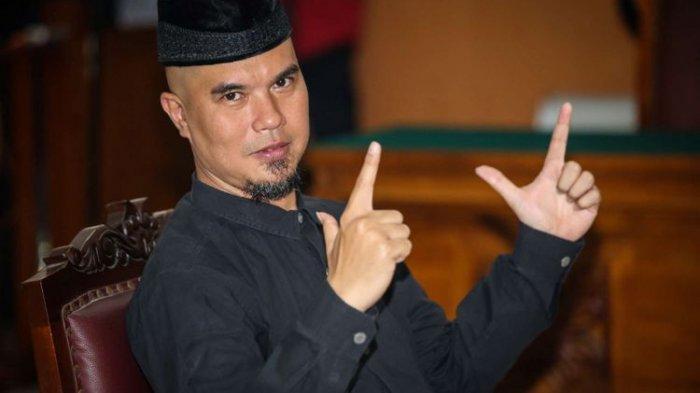 Ahmad Dhani Berikan Klarifikasi Soal Hutangnya Kepada Pedagang Barang Antik