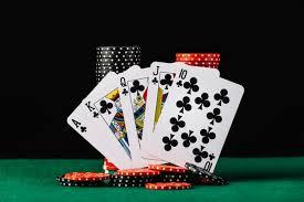 Kalian pasti aneh kenapa poker online saat ini sangat populer , nih cerita nya