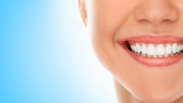 Mengonsumsi Beberapa jenis Makanan Ini Bisa Jaga Kesehatan Gigi