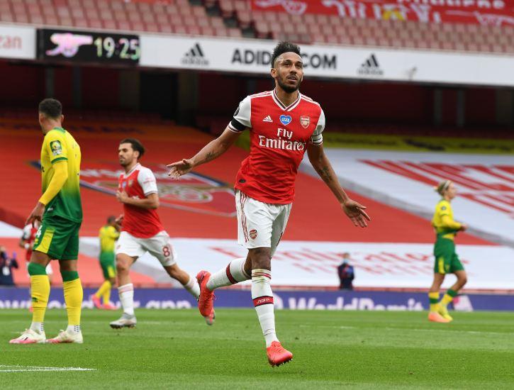 Berasal dari Negara Kecil Pemain ini Sukses Bermain di Premier League